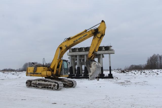 строительство обхода Мариинска ведётся с 2015 г. Общая протяжённость дороги – порядка 19 км. Её стоимость - свыше 3 млрд рублей.