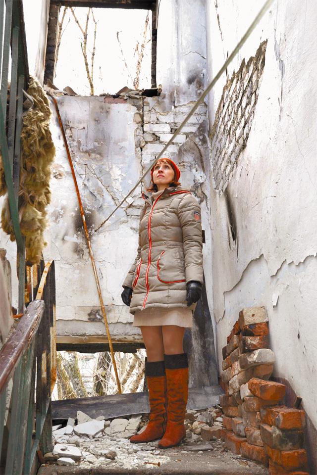Таким Анна Шульженко увидела свой дом после очередной бомбёжки