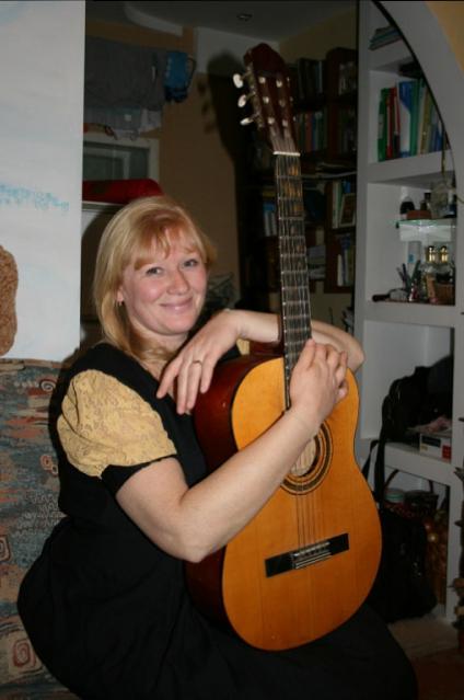 Елена Гаденова.