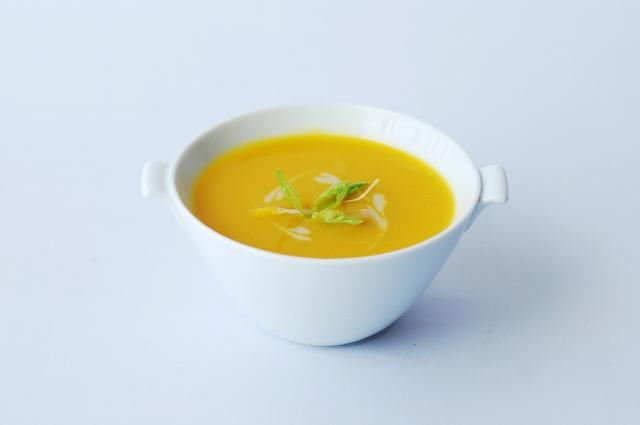 Крем-суп из тыквы идеально подходит тем, кто следит за фигурой.