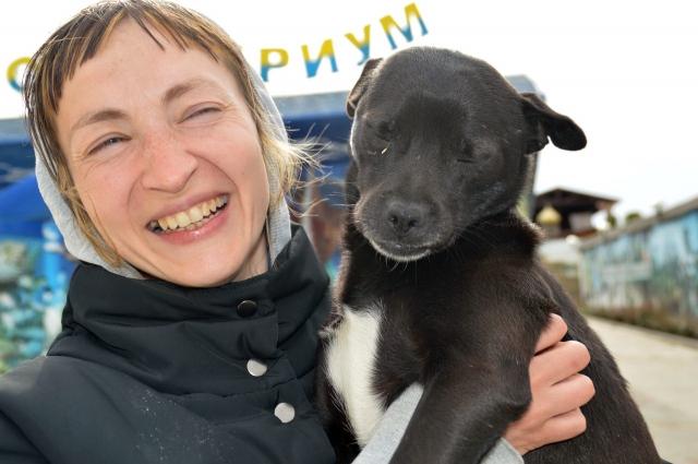 По словам Натальи Макеевой, ею движет исключительно любовь к животным.