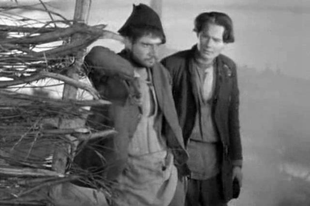 Павел Шпрингфельд (слева) в фильме «Мои университеты», 1939 год.