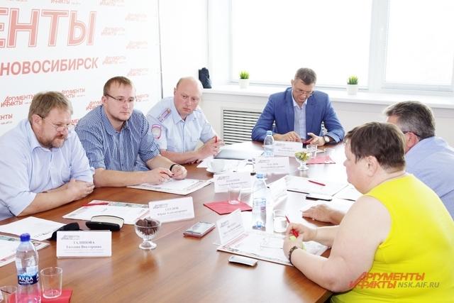 Проблема бесхозных люков актуальна для Новосибирска.