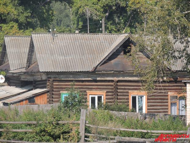 Дом, где родился Герасимов, в селе Десятилетие