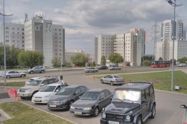Каспус СФУ выглядит, как отдельный небольшой, но современный город.