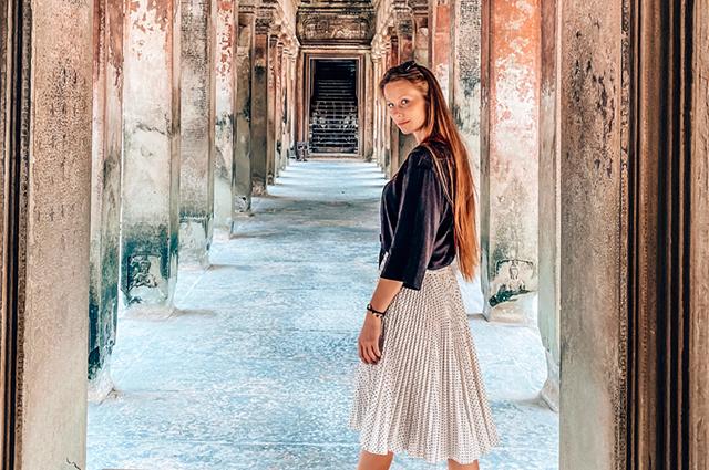 Вера Черняева с друзьями переживает пандемию коронавируса в Камбодже.