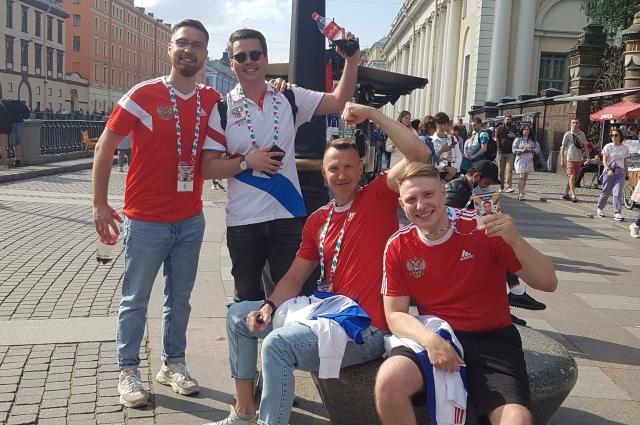 Петербург собрал самых ярких болельщиков!