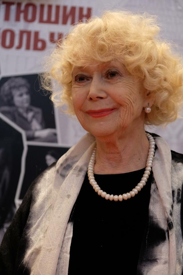 Светлана Немоляева отпраздновала 81-й день рожденья.
