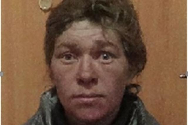Мария Ушакова по прозвищу «Махоня» имеет неопрятный внешний вид.