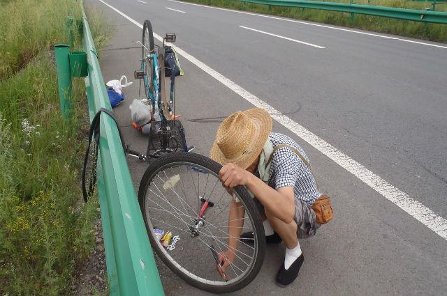Велосипед у пенсионера самый обычный, городской.