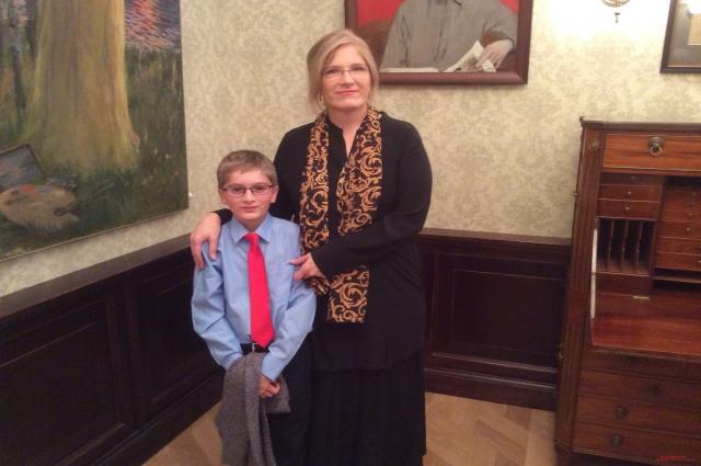 Анна Макклейн с сыном Харрисом