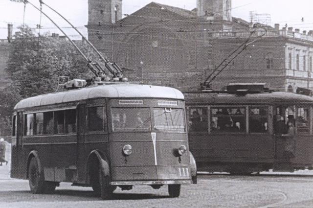 Троллейбус стал транспортом повышенной комфортности.