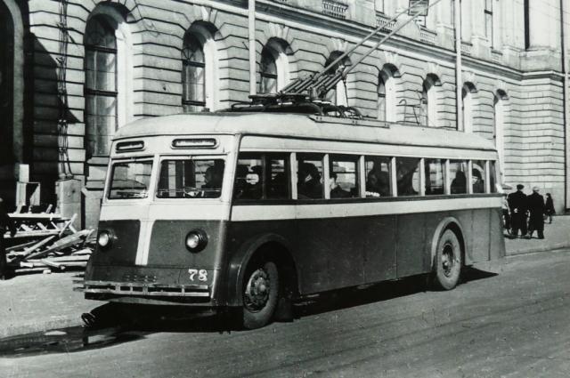 Жители города сразу полюбили новый удобный вид транспорта.