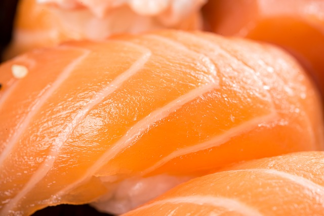 Засолите рыбку сами - результат вас приятно удивит!