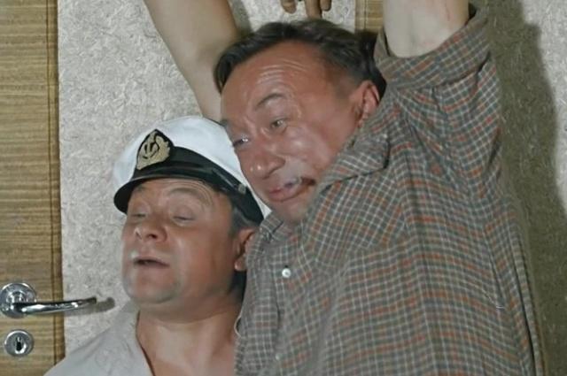В тандеме с Алексеем Смирновым.