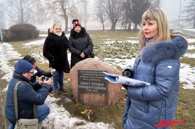 Татьяна Удовенко проводит экскурсии по самым значимым местам региона.