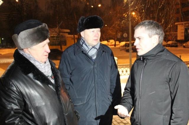 Ночной выезд Владимира Панова и активистов.