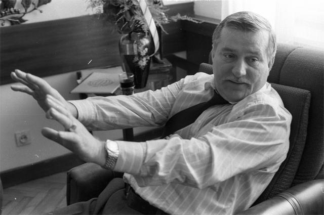 Лидер профсоюза «Солидарность» Лех Валенса. 1990 г.