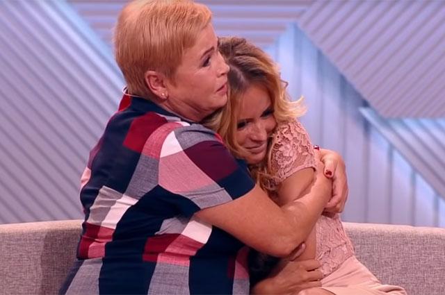 Дана Борисова с мамой.