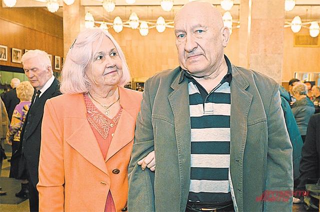 Будущие муж и жена Дедовы – рука об руку со студенчества.