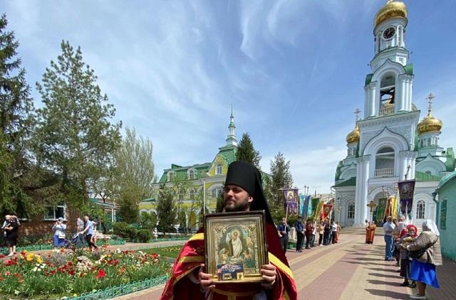 Свято-Троицкий храм г. Батайск.
