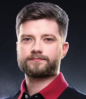 Максим Чувалов