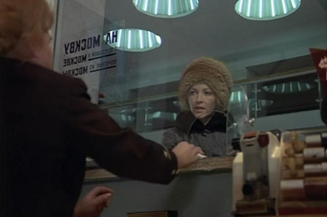 Надя отправилась на вокзал, но оказалась в кассах на канале Грибоедова.