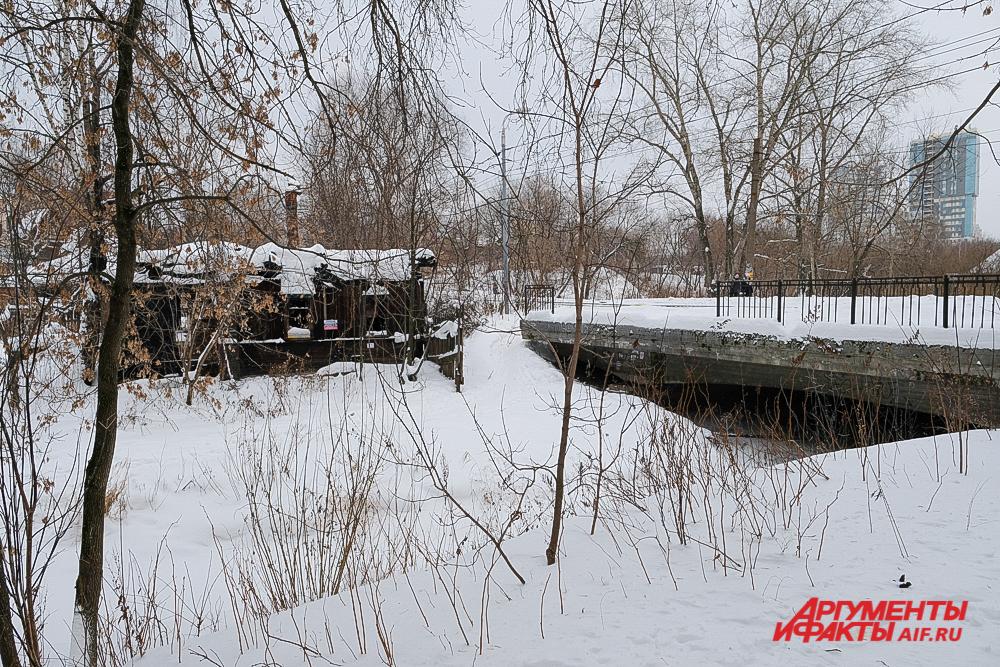 Мост через речку Данилиха по улице Крылова.
