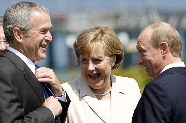 Джордж Буш, Ангела Меркель и Владимир Путин. 2007 год