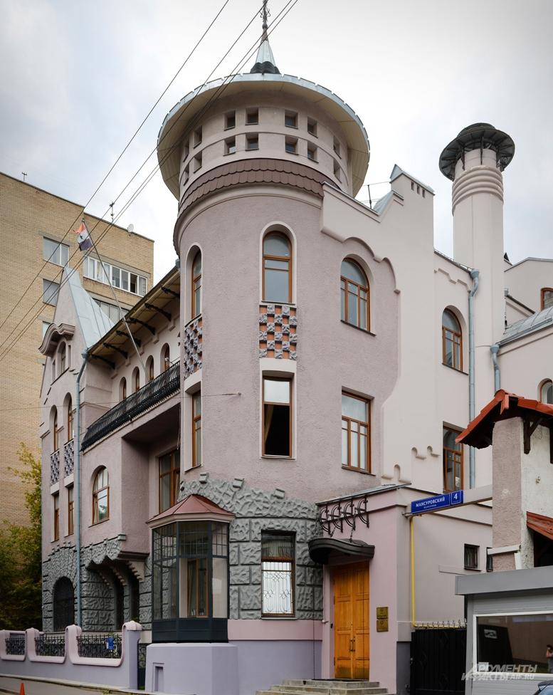 Стиль северный модерн - редкость для Москвы