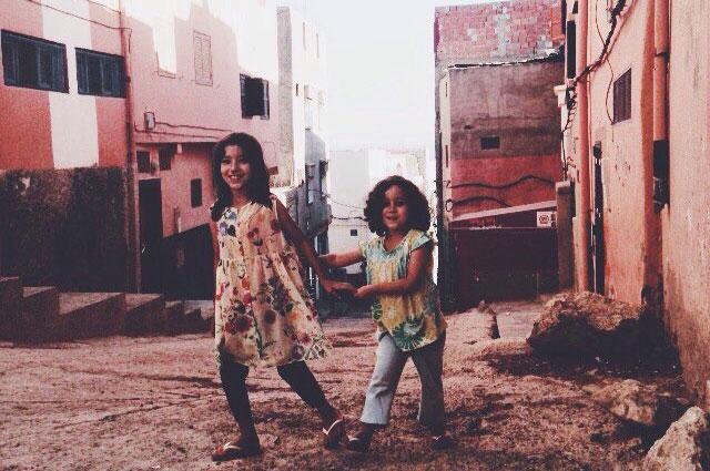 В Марокко можно встретить очень много детей на своём пути.