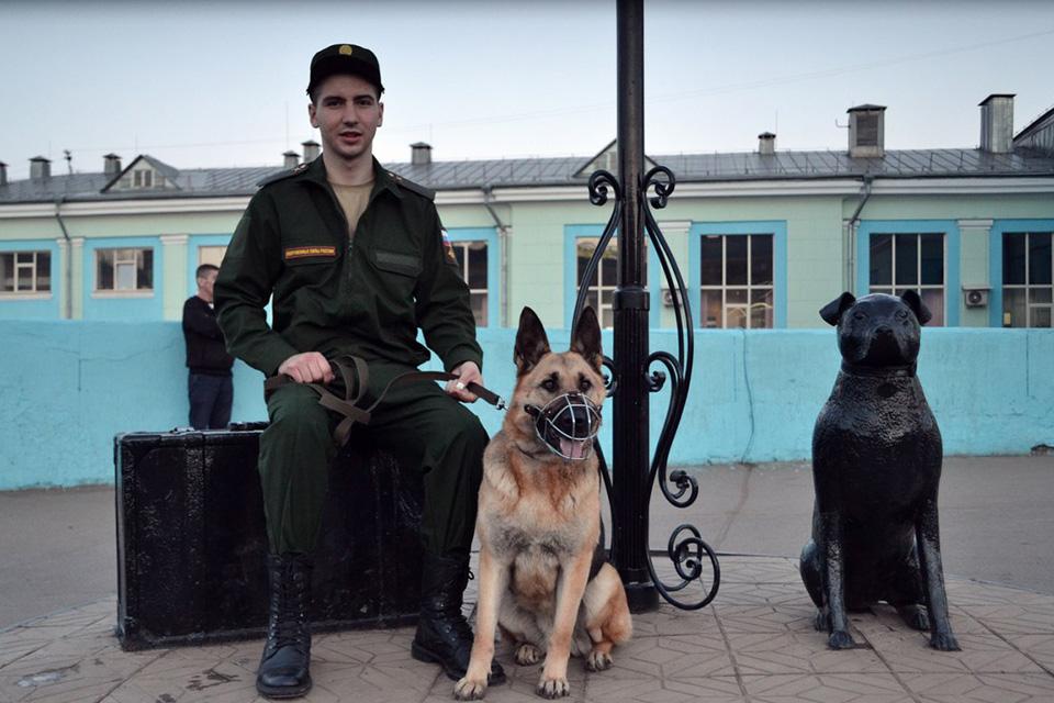 Денис Перминов отправился на службу со своей Джульеттой.