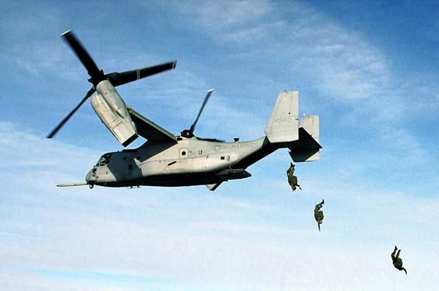 Конвертоплан MV-22 Osprey.