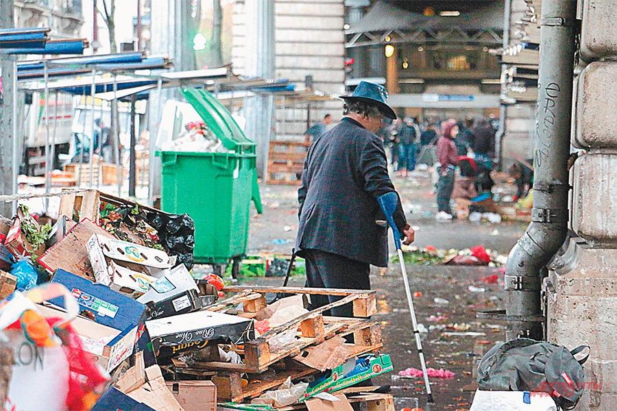 Грязь, смрад, нищета - Франция бывает и такая...