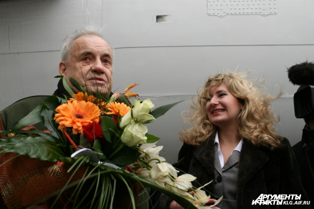 2008 год. Эльдар Рязанов на презентации самолета «ELDAR RYAZANOV»