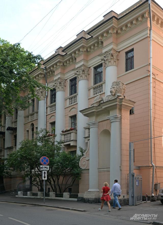 Оперная легенда Елена Образцова жила на Патриарших прудах.