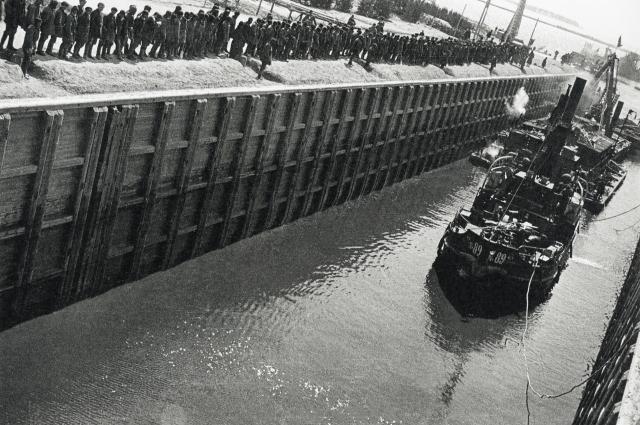 Тысячами жизней людей был построен Беломорканал.