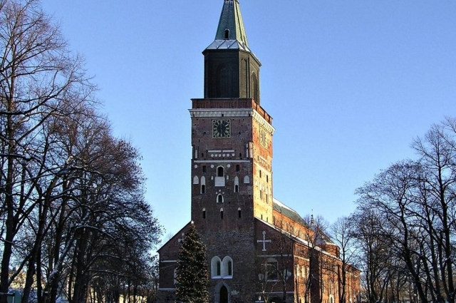 В Турку находится и главный храм Финляндии – Кафедральный собор.