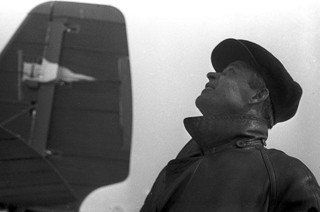 Василий Сергеевич Молоков, Герой Советского Союза полярный летчик, принимавший участие вэкспедиции поспасению экипажа ледокола «Челюскин».