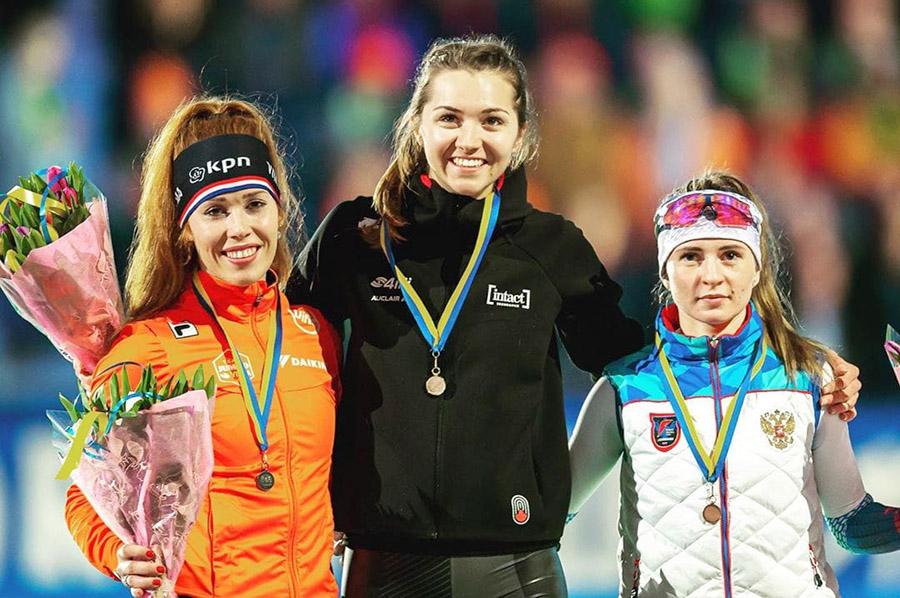 Наталья Воронина (на фото справа) взяла «бронзу» на последнем этапе Кубка мира, но оказалась в шаге от пьедестала в общем зачёте.