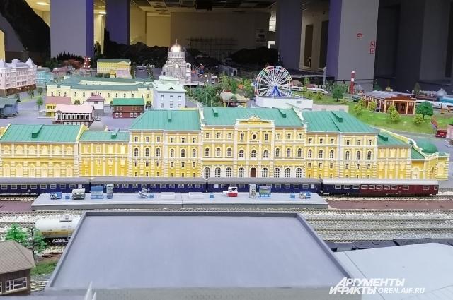 На изготовление здания железнодорожного вокзала ушел год и около 100 тыс.руб.
