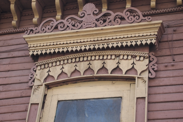 Наличники- образец декоративной деревянной резьбы 19 века.