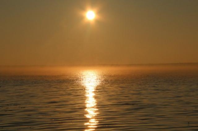 Одна из легенд гласит, что в воде обитает неизвестное науке существо.