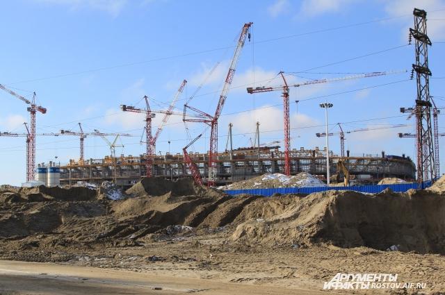 Стадион «Ростов-Арена» находится рядом с ГРС и приобретает проектные черты.