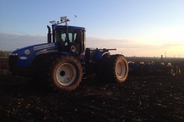 Этот трактор уже умеет видеть.