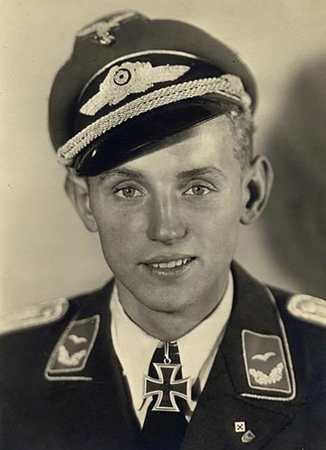 Лучший ас Германии Эрих Хартманн.