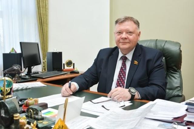 Евгений Пичуев.