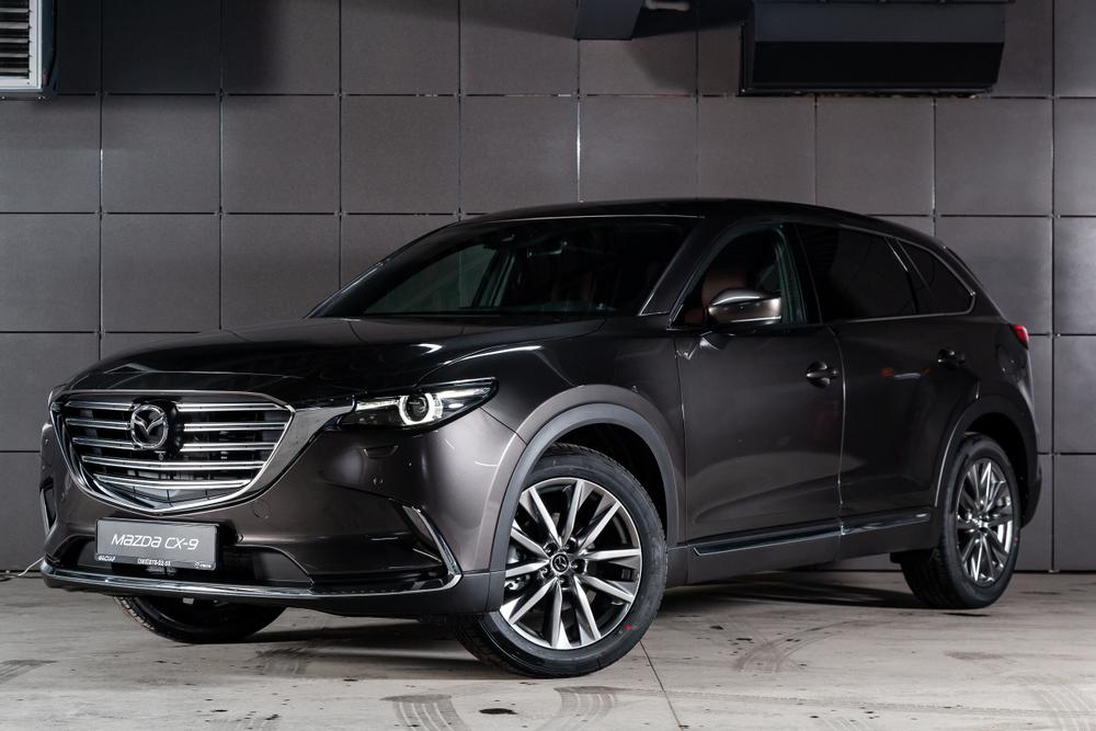Mazda CX9.