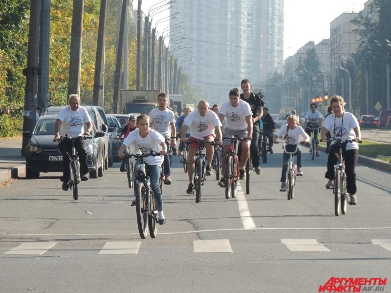 В разных районах Петербурга состоялись велопробеги