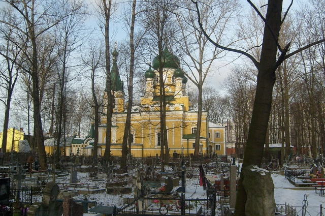 Церковь Святого Иова на Волковском кладбище.